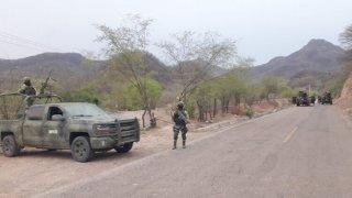 Retén militar en Sinaloa
