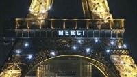 La Torre Eiffel envía mensaje contra el COVID-19