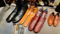 """Inventan zapatos """"antivirus"""" para hacer cumplir la distancia social"""