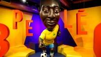 Colorida exposición celebra el cumpleaños 80 de Pelé
