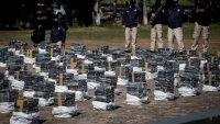 En video: muestran tres toneladas de cocaína, el mayor cargamento incautado en Paraguay