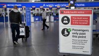 El Reino Unido eliminará restricciones para viajeros vacunados de EEUU