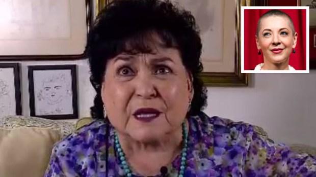 Carmen Salinas limpia la tumba de Edith González y habla a la fallecida actriz