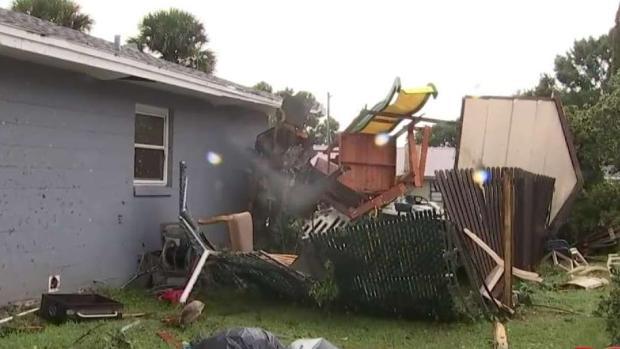 [TLMD - Tampa] Tornado destruye hogar de familia hispana en Polk