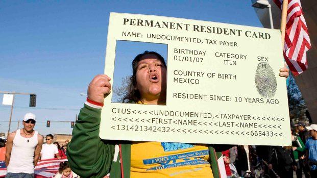 """EEUU endurece el proceso para obtener la """"green card"""""""